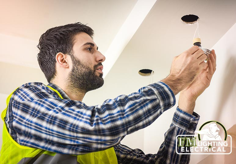 3 Reasons to Consider a Home Lighting Maintenance Program